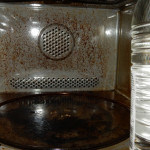 Combi-magnetron schoonmaken met azijn en soda: werkt het?