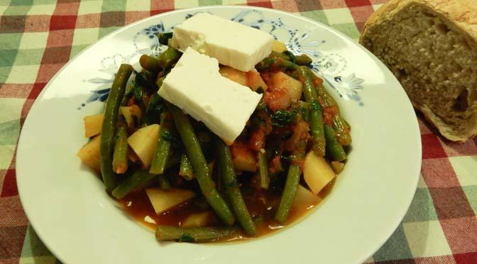 Recept griekse sperziebonen fasolakia yachni