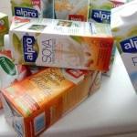 9 soorten zuivelvrije melk zonder suiker: welke is het lekkerst?