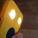 WakaWaka lamp: zonne-energie en ontwikkelingshulp gecombineerd