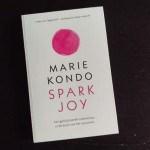 Recensie Spark Joy – Marie Kondo: gelukkig met een opgeruimd huis