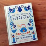 Hygge: breng geluk in je leven met gezelligheid uit Denemarken