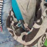 Denk bij het wegdoen van oude babykleding ook eens aan Stichting Babyspullen