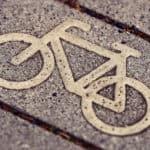 Op de fiets naar school of met de auto, so what?